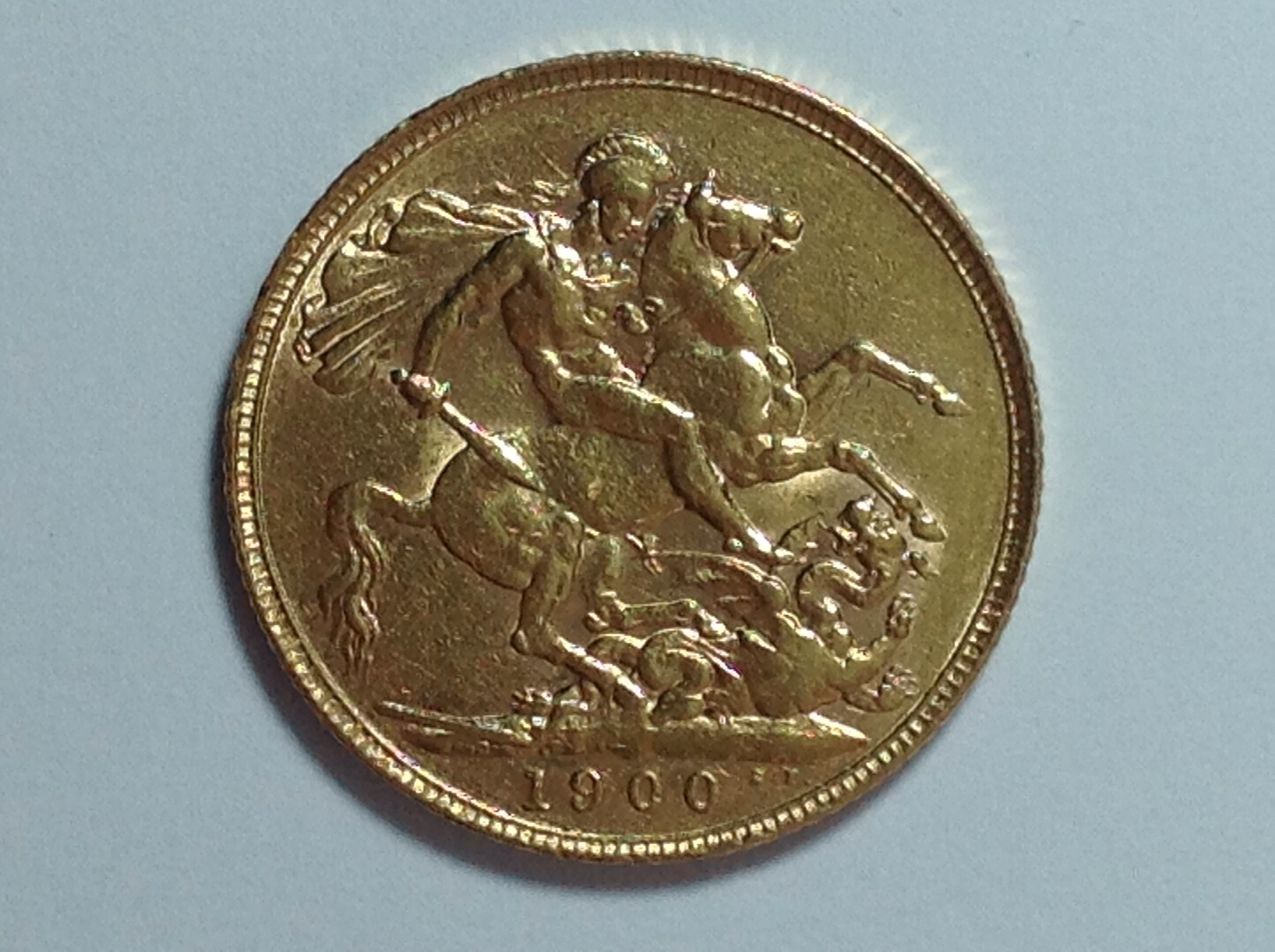Queen Victoria Old Head Gold Sovereign 1900 London